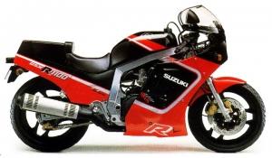 1987_GSX-R1100_rdbk_720